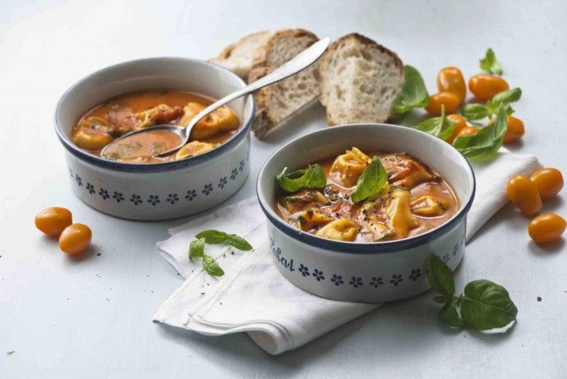 LIHTNE JA VALMIB RUTTU | Tomati-parmesani supp tortellinidega
