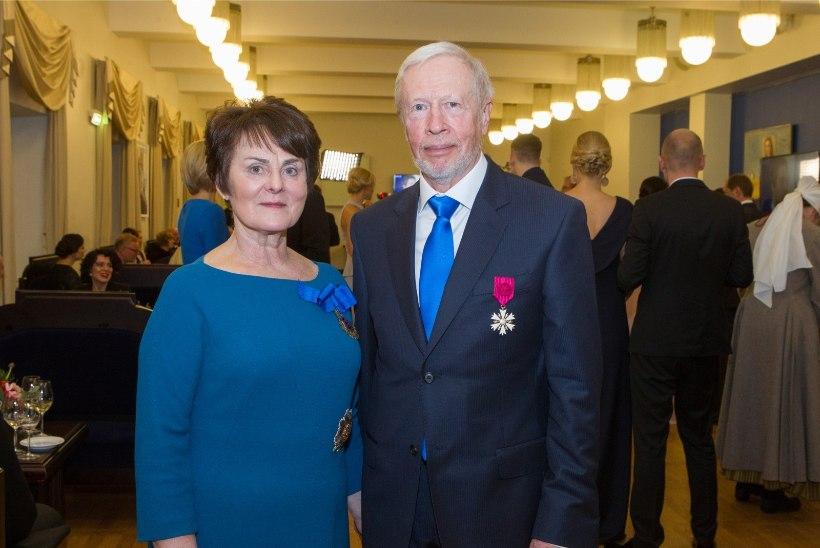 AIN KAALEPIT MÄLESTADES   Marju Lauristin: ta oli korraga Eesti patrioot ja maailmakodanik. Paul-Eerik Rummo: tema panus on hindamatu!
