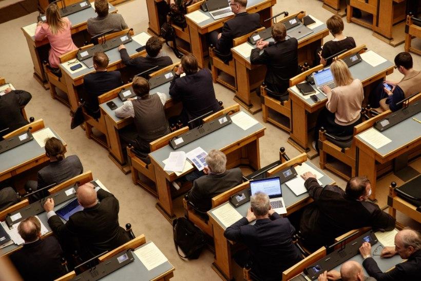 Riigikogu võttis uuesti vastupäästeseaduse ja relvaseaduse muutmise seaduse