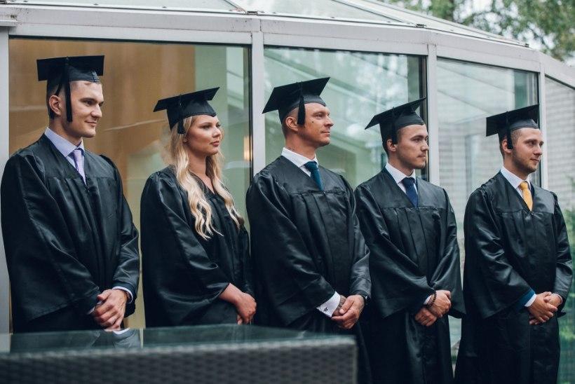 FOTOD | Tanel Padar sai bakalaureusediplomi: cum laude'st jäi napilt puudu