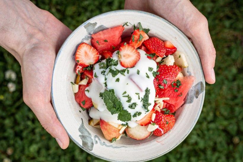 Suvised maasikasalatid – 15 minutit ja valmis!