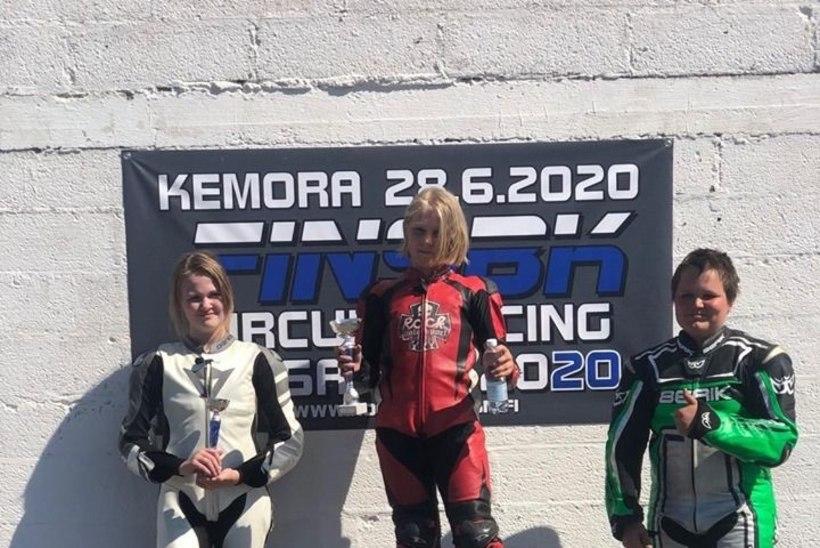 TUBLI! Eesti mototüdruk kerkis Soome meistrivõistlustel kahel korral poodiumile