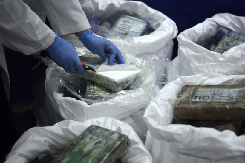 REKORDKOGUS: Poola politsei konfiskeeris üle kolme tonni kokaiini