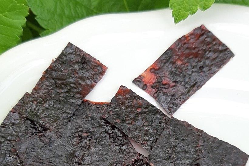 ÄRA LASE RAISKU: valmista mustasõstra aurutusmassist kommiampsud!