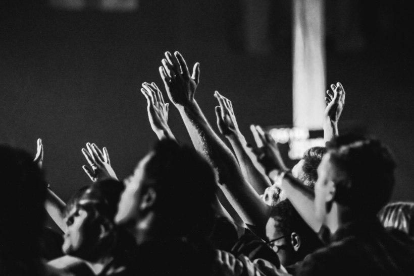 20 AASTAT TRAAGILISEST PÄEVAST: Pearl Jami kontserdil tallati surnuks 9 noort