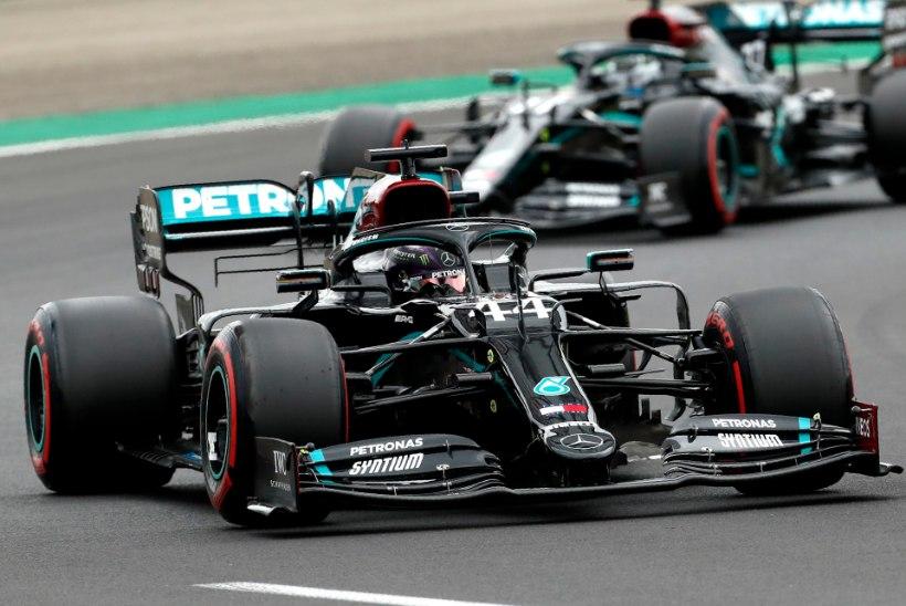 Lewis Hamilton võitis järjekordse kvalifikatsiooni ning jõudis võimsa tähiseni