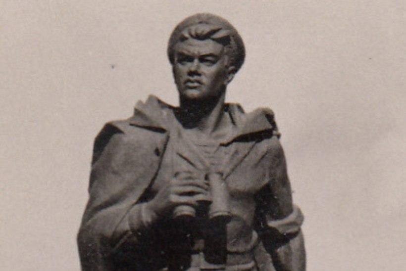 Kuidas toodeti kangelasi: Jevgeni Nikonov ilmus pärast sõda Tallinna oma hauale