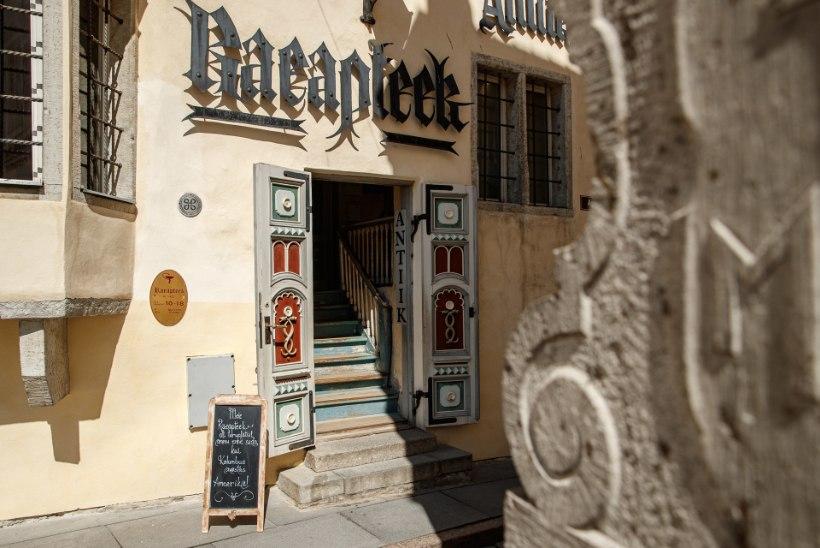 """Raeapteegi muuseumihoidja: """"Apteek oli kohvikulaadne koht, kus käis vilgas seltskonnaelu."""""""