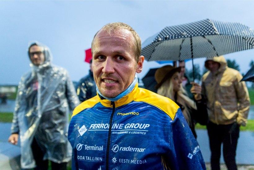 """Ratasepp võitleb palavuse, vihma ja külma tuulega: """"Midagi head ei luba ilmaennustus ka järgnevateks päevadeks."""""""