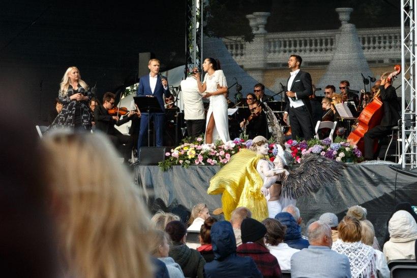 GALERII | Kadrioru pargi sünnipäevakontserdil esinesid Elina Nechayeva, Madis Arro ja Birgit Varjun