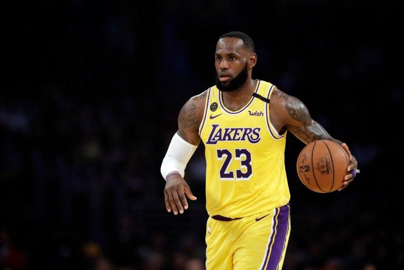 VIDEO | Lakers alistas Magicu, Bucks sai jagu Kingsist