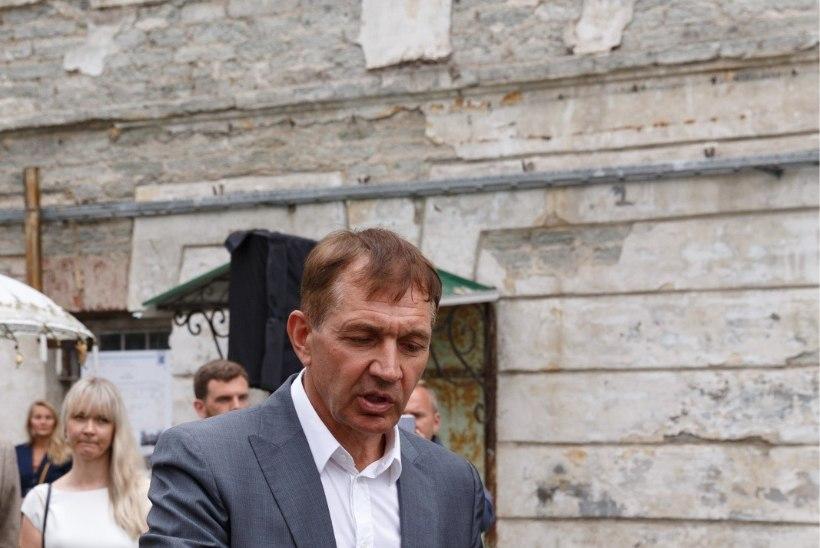 GALERII   Urmas Sõõrumaa avas Patarei vangla hoovi: veel mõni kuu tagasi oli raske siinses energiaväljas kahte tundigi veeta