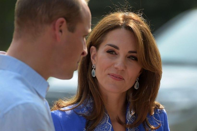 Prints William kahetseb elu lõpuni, et oma tulevasele naisele nii mageda kingi ostis