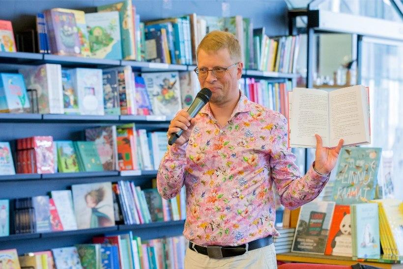 FOTO | Armastatud kirjanik kannab auga Eesti jalgpalluri brändisärki