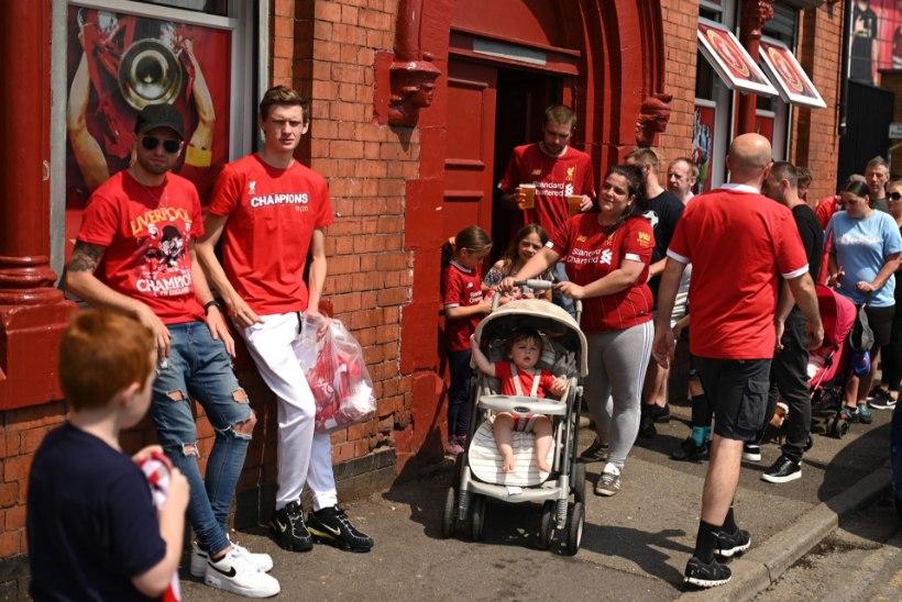 Alla 18 keelatud! Joodikutest Liverpooli sõbrad said hea uudise osaliseks!