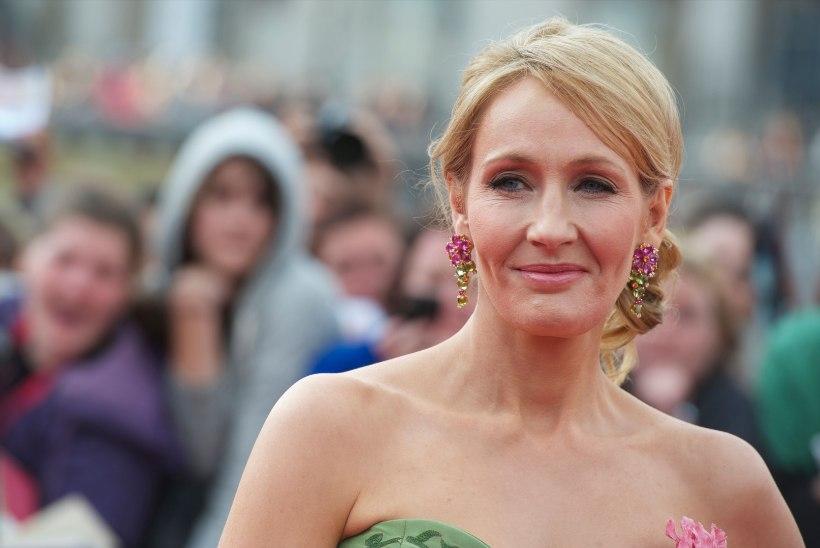 Kaks suuremat Harry Potteri fännisaiti pöörasid Rowlingule selja