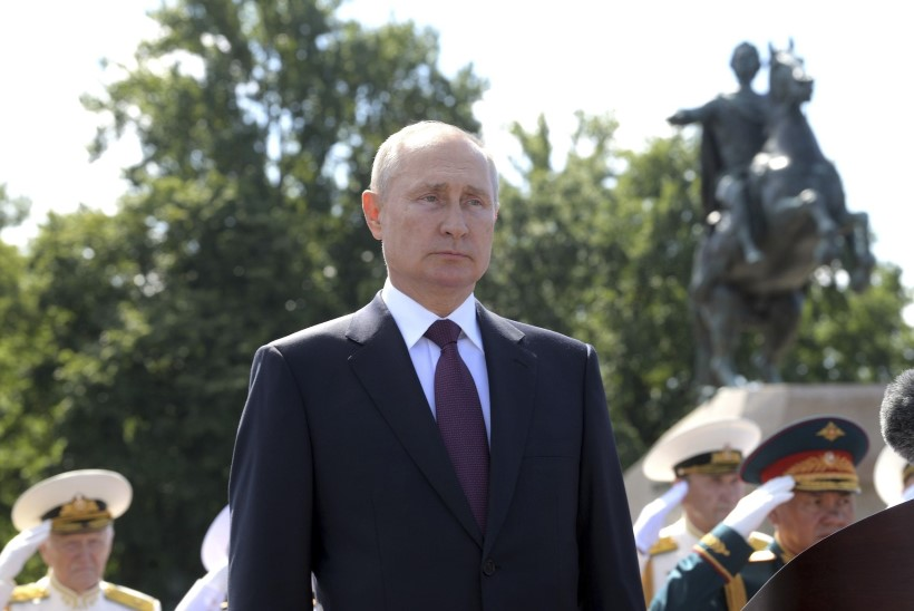 REITING LANGEB: venelased usaldavad Putinit aina vähem