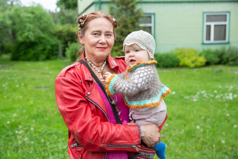 Vahva vanaema | Merca õpetab lapselast ilma tundma
