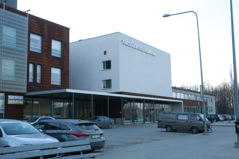 Kolmel Tartu Ülikooli kliinikumi töötajal avastati koroonaviirus, asutus taastab osaliselt piirangud