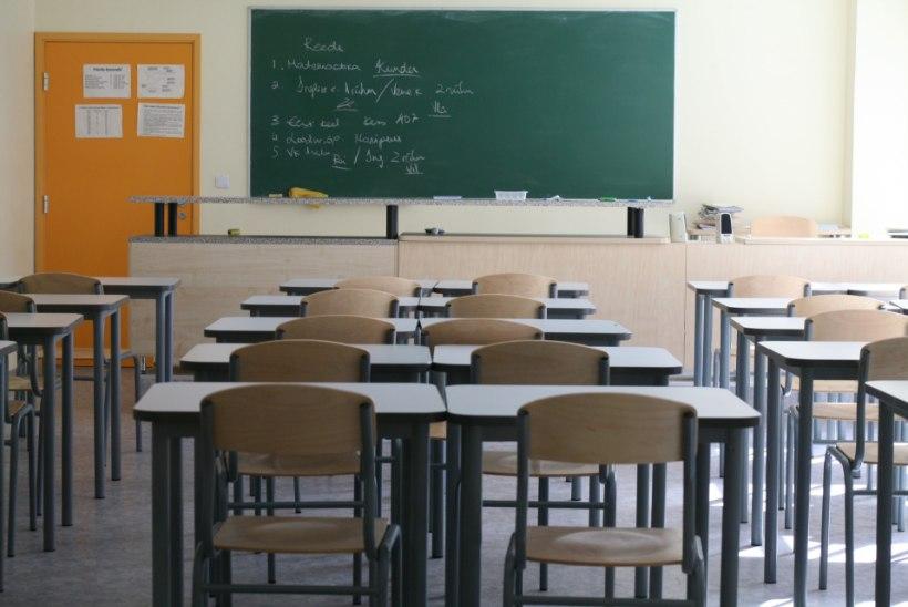 KAS DISTANTSÕPE VÕIB UUESTI TULLA?! Koolid peavad selleks valmistuma