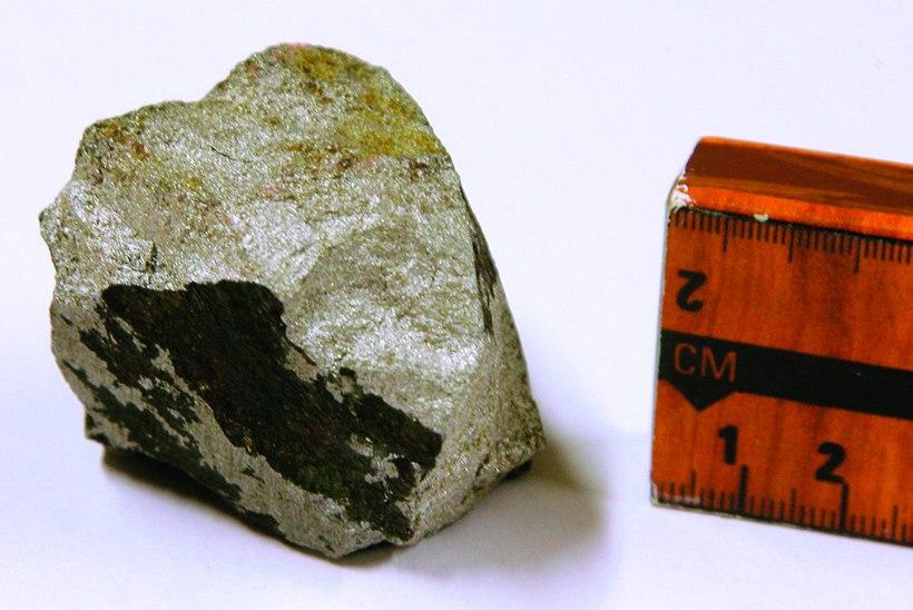 """Mees varjust: kas Merivälja ufosaaga võtmeisik Dejev leidis sealt tõesti """"tarkade kivi""""?"""