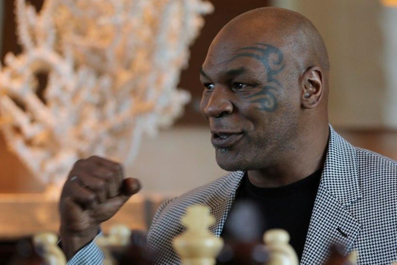 """Mike Tysoni vastane juba väriseb: """"Ta on gigantne monstrum! Minu saatus on jumala kätes."""""""