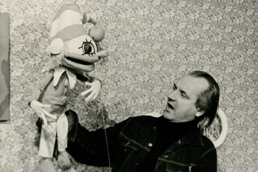 """Väino Luup läks noorukina nukuteatrisse elektrikuks: """"Ma pole kordagi mõelnud näitlejaks ja veel vähem nukunäitlejaks saada."""""""