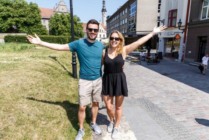 """Briti abielupaar jõudis Eestisse just sel ajal, mil piirid kinni pandi: """"Eesti on koroonalõksus olemiseks parim paik!"""""""