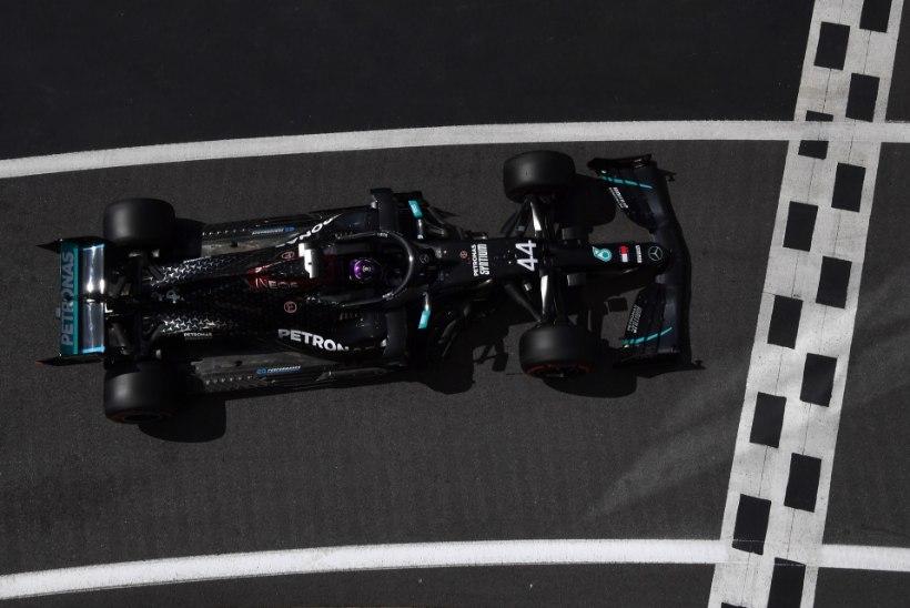 Hamilton edestas ülejäänuid pika puuga, Mercedes püstitas rekordi