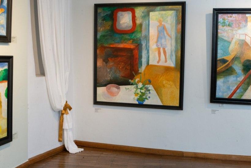 Olev Subbi näitus: kes on see sinise kleidiga tüdruk maalilt?
