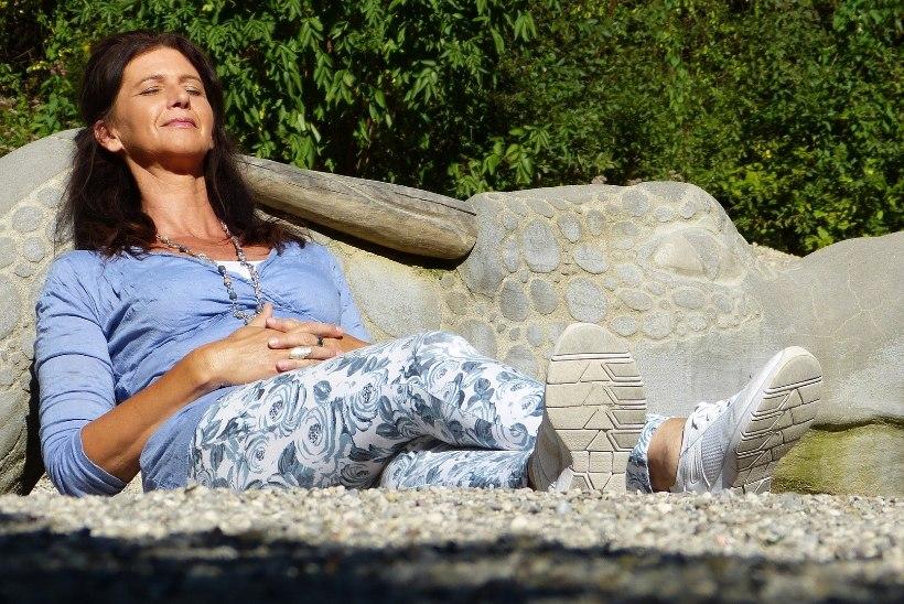 HIGISTAD PALJU ROHKEM KUI VAREM? 7 tervisehäda, miks higi voolab ojadena