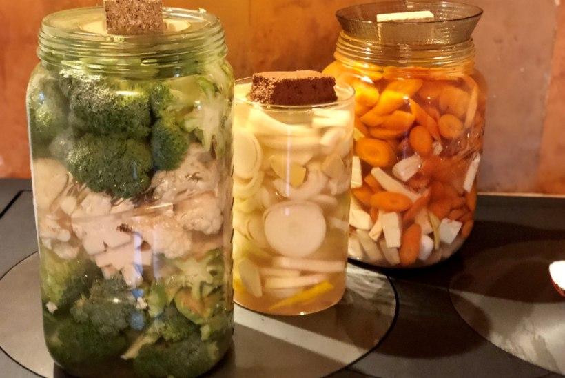 EVELIN ILVESE KOKAKOOL | Hapendatud köögiviljad ehk Turshiya
