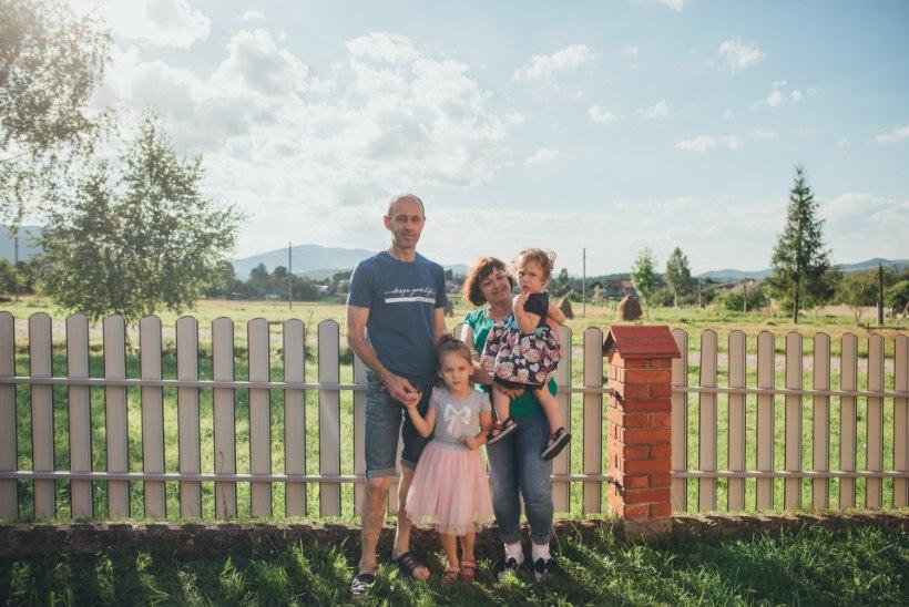 """EESTIS ELAV UKRAINA PERE: """"Kõik töötavad välismaal, kodukülas käiakse ainult puhkusel."""""""