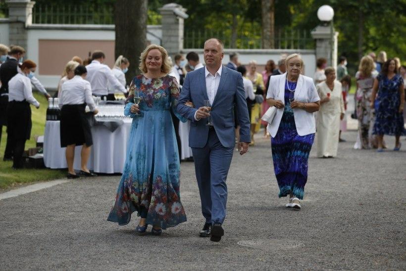 GALERII | Tim Bluzi lemmikud roosiaia kostüümid: mul pole viimasel ajal vastuvõtukleitide osas ootusi, siis ei teki ka pettumust