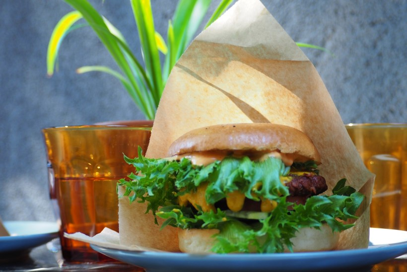 ISEGI LIHALEMB SÖÖKS! 8 veganiburgerit Tallinnas, mida võiksid kindlasti proovida
