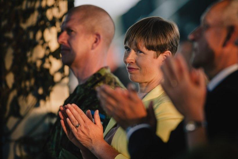 Kas Kaljulaidil on sobilik ametisoleku ajal uut tööd otsida?