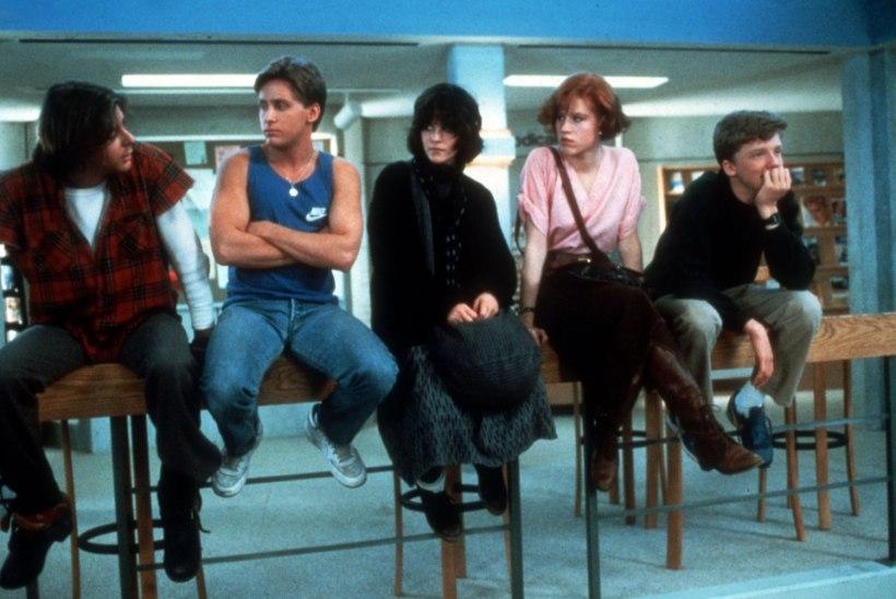 Molly Ringwald on nördinud: minu teismelisena mängitud karakterit väärkoheldi seksuaalselt kogu noortefilmi ajal!
