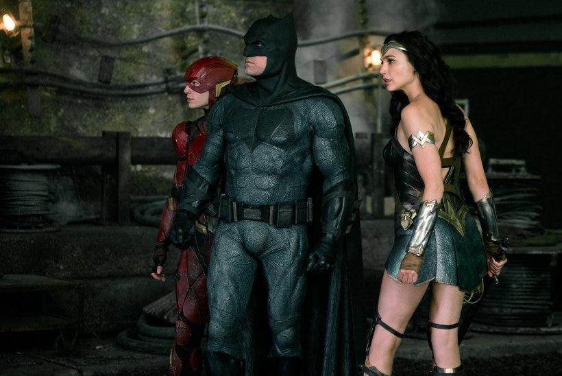 """TREILER: Zack Snyder üritab kustutada prügikastipõlengut, """"Õigluse liiga"""" saab olema neli tundi pikkk"""