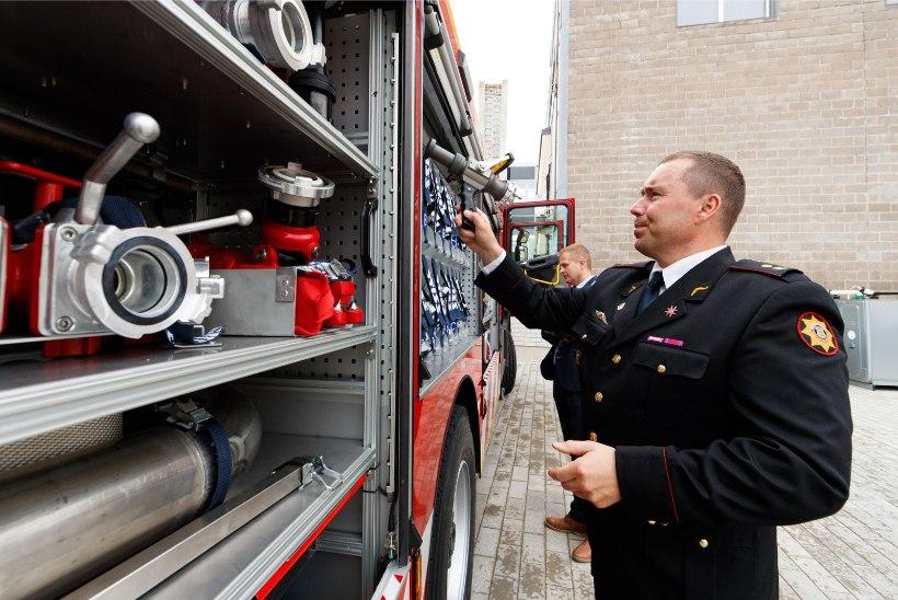 GALERII | Jüri Ratas meenutas nooruspõlve: tuletõrjujad tulid mööda posti kiirelt alla