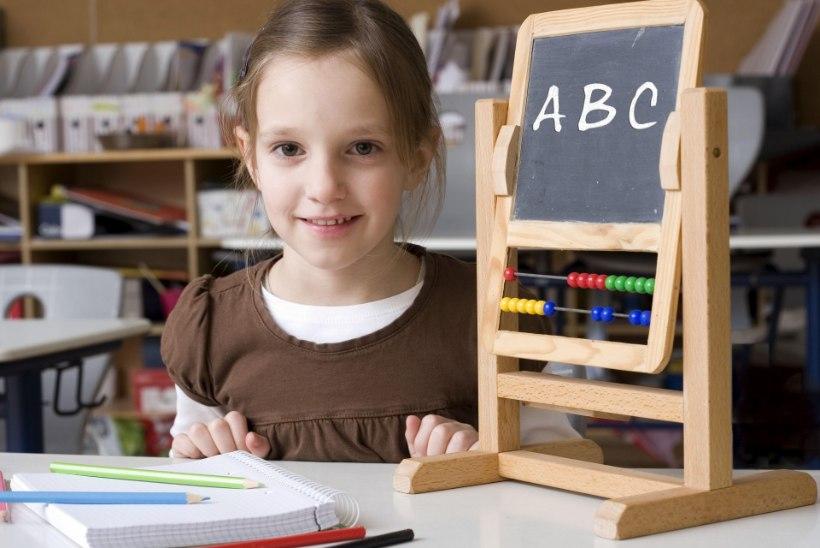 KOOLI ALGUS VÕIB OLLA RASKE: nii leevendad laste ja enda stressi