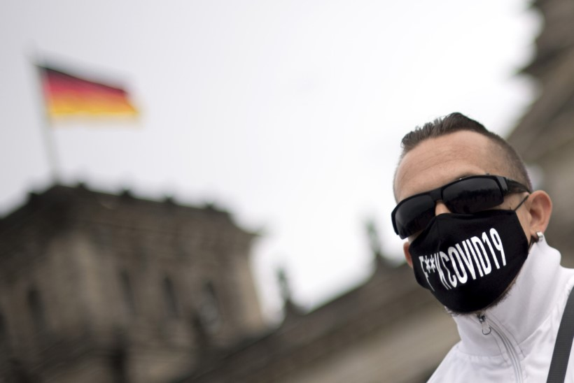 Saksamaal protestitakse maskide kandmise ja sotsiaalse distantseerumise vastu