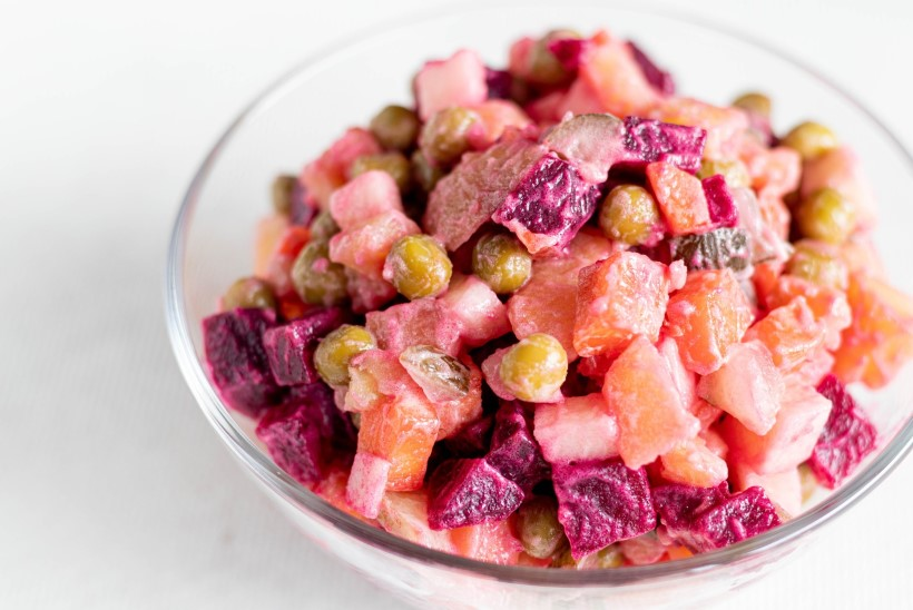 TAIMNE PÄEVARETSEPT | Värviline peedi-kartulisalat