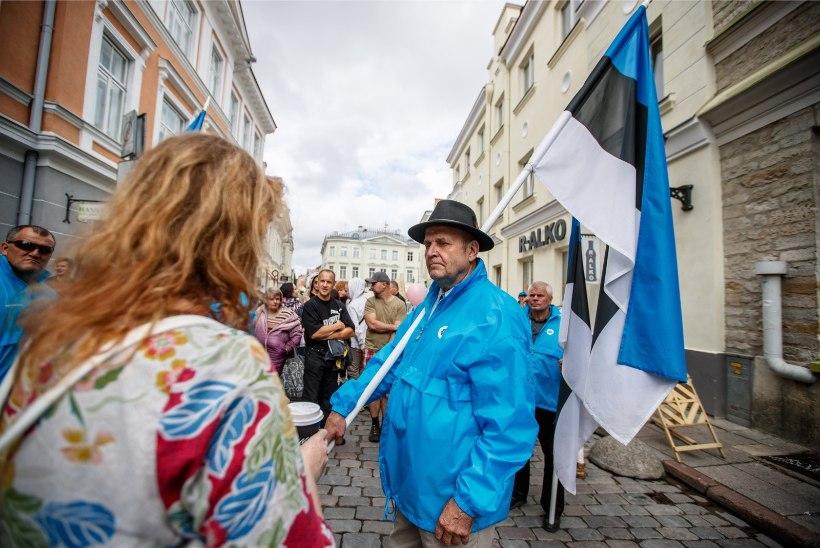 GALERII | Tallinnas marsiti elu ja traditsioonilise perekonna kaitseks