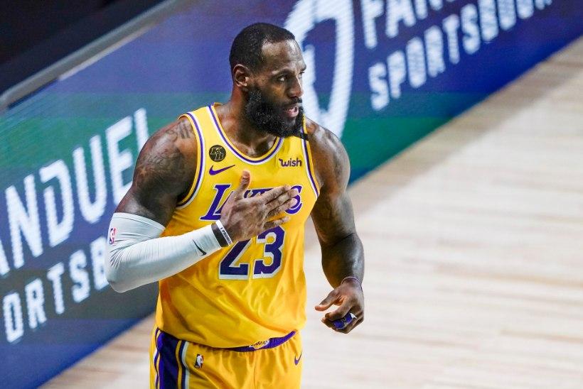 VIDEO   Lakers ja Bucks edenesid kindlate võitudega poolfinaali