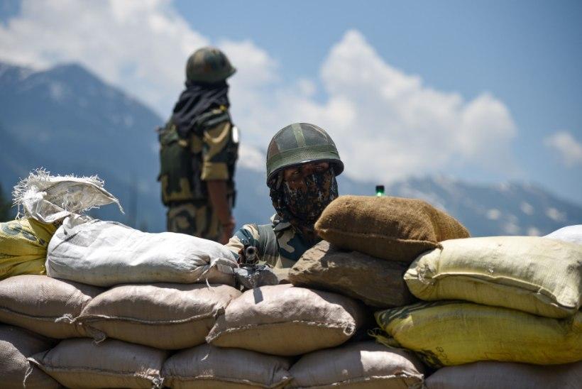 KONFLIKT JÄTKUB: India süüdistab Hiinat taas piiririkkumises