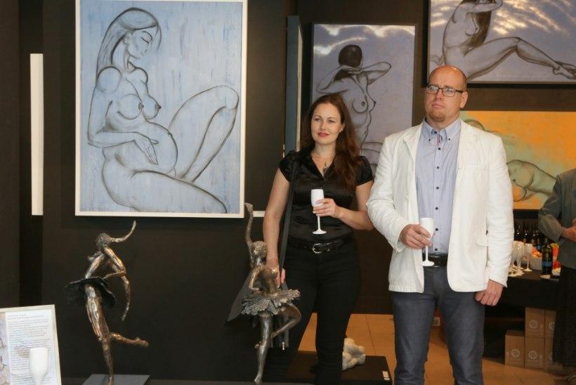 GALERII | Tauno Kangro avas uue näituse: näha saab skulptuure ja pastellmaale
