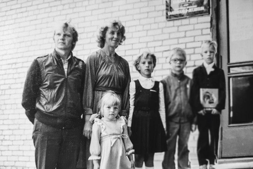ÜHE PILDI LUGU | 38 aastat tagasi: kuidas algas kümnelapselise pere laste koolitee?