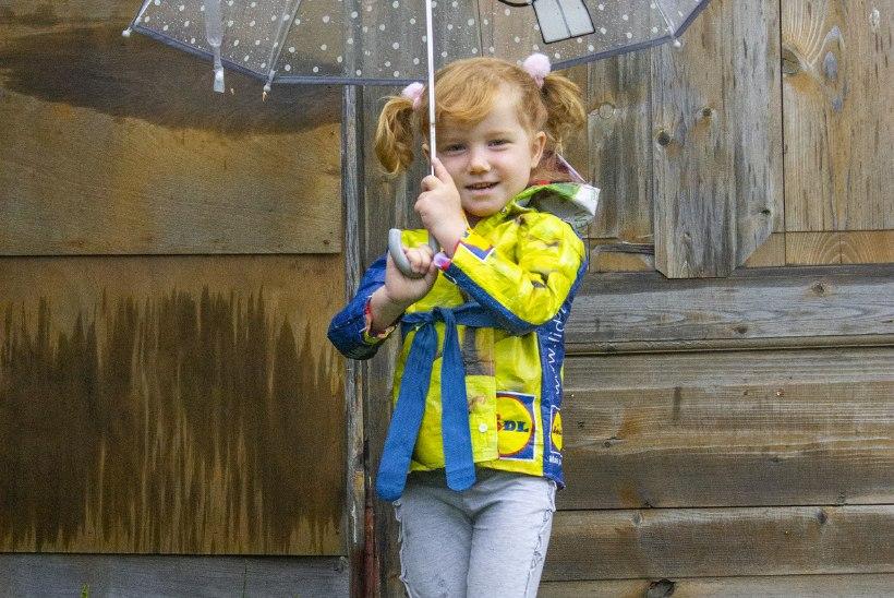 Poekott tahab selga ehk Vastupidav vihmakeep laseb sügisilma nautida!