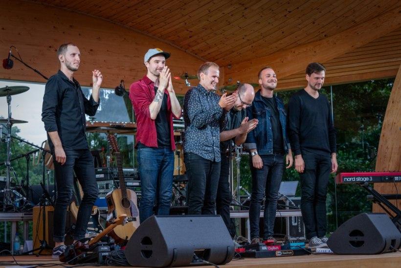 GALERII   Ansambel Põhja Konn tähistas sünnipäeva armsa kontserdiga
