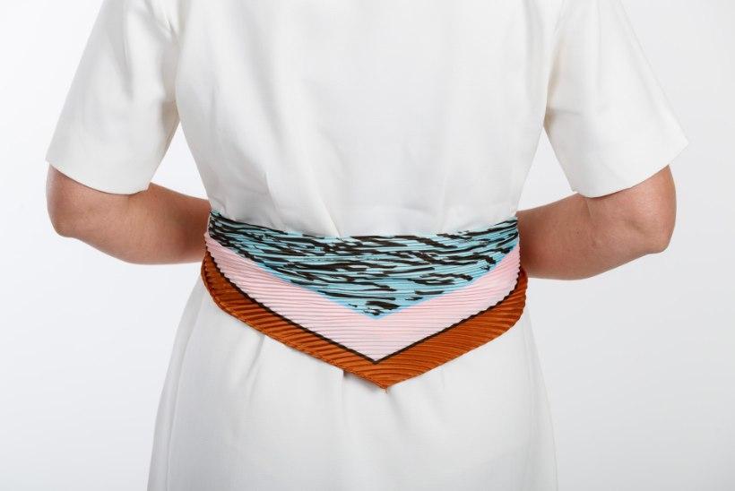Moenõu: salli kandmise kunst ehk 12 nippi, kuidas välimusele viimane lihv anda